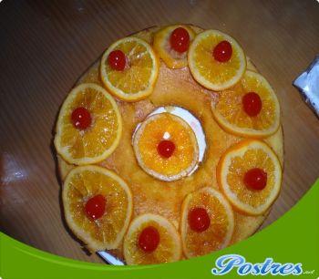 bizcocho de naranja banado en almibar