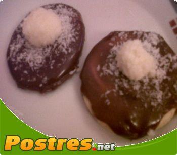 preparación de Postre de Galletas de chocolate y coco