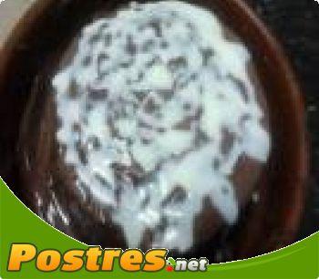 preparación de Postre de Tarta de chocolate con piña
