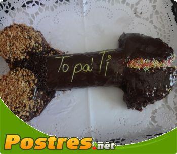 preparación de Postre de Pene de chocolate