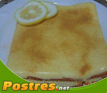 preparación de Postre de Pastel de limón con galletas
