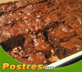 preparación de Postre de Brownie al ron con nueces