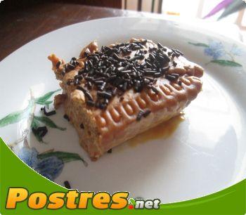 preparación de Postre de Tarta de galletas con dulce de leche