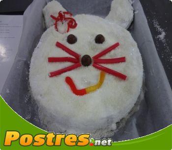 http://www.postres.net/pics//  tarta conejita