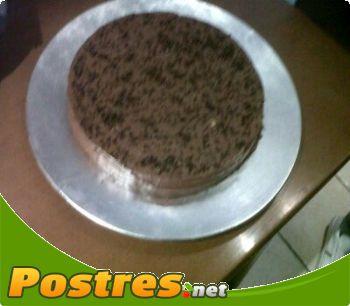 preparación de Postre de Tarta de Kit Kat
