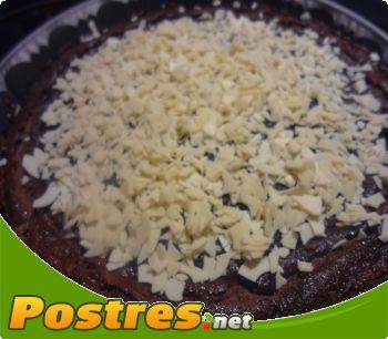 preparación de Postre de Flan de crema de chocolate y leche condensada