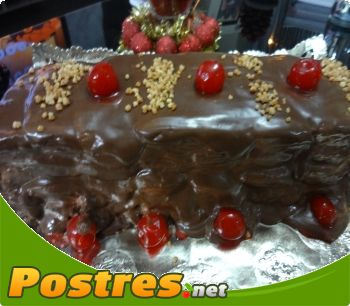 preparación de Postre de Tarta de turrón y chocolate al Pedro Ximénez
