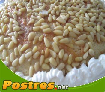 preparación de Postre de Tarta de piñones