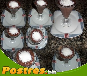 http://www.postres.net/pics// pudin de chocolate y coco