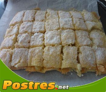 preparación de Postre de Bizcocho relleno de crema pastelera