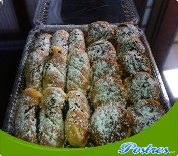 http://www.postres.net/pics//   bollos de crema pastelera