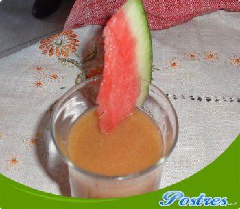 preparación de Postre de Zumo de papaya, naranja y plátano
