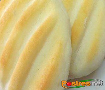 preparación de Postre de Galletas de leche condensada sin gluten