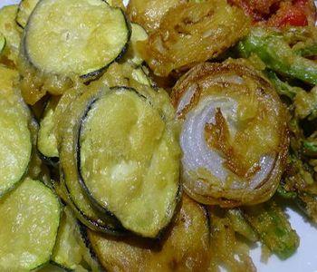 preparación de Receta de Verduras en Tempura