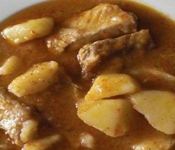 preparación de Receta de Costilla de Cerdo con Patatas