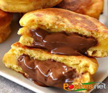preparación de Postre de Bizcochitos de Nutella