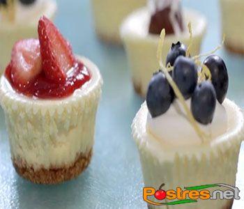 http://www.postres.net/pics//pickkk  mini tarta de queso philadelphia